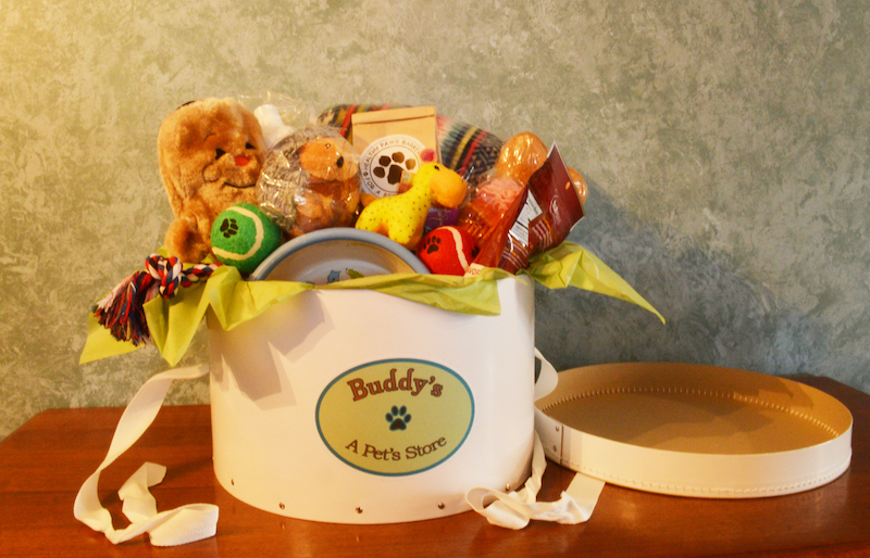 Buddys gift basket buddys a pets store remember your furry friends with a buddys gift basket negle Choice Image